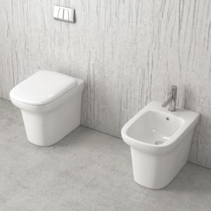 Sanitari a terra senza lavabi dedicati